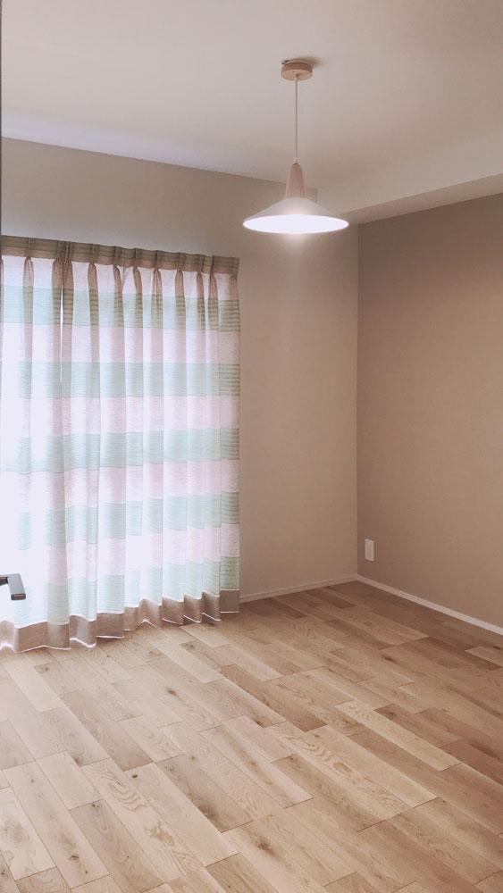 3つある洋室はLED照明とオーダーカーテンでそれぞれコーディネートしました。