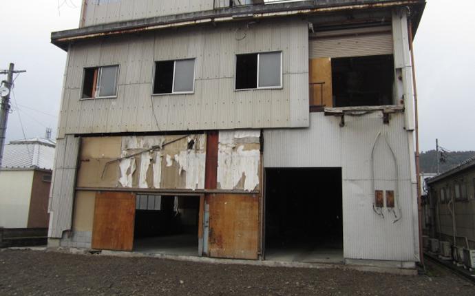 施工前の建物外観