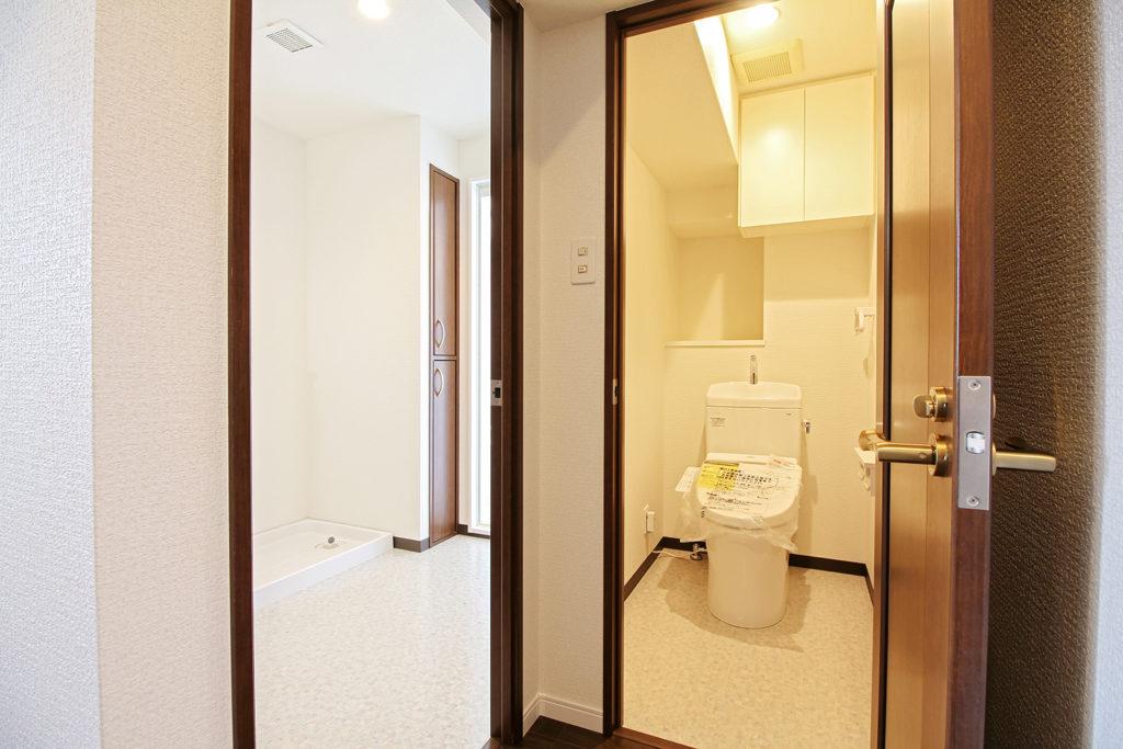 トイレはTOTOのピュアレストQRを使用しています。